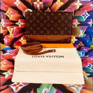 🛍💯Authentic Louis Vuitton Bordeaux Shoulder Bag